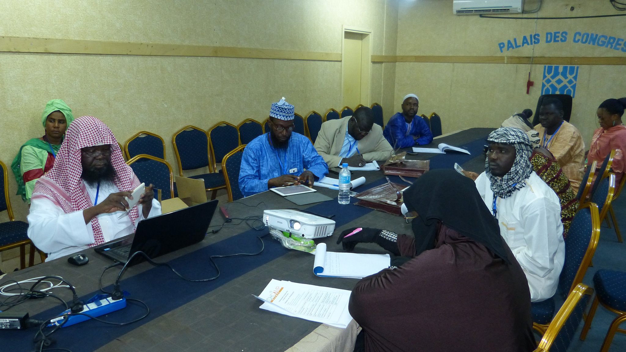 TechCamp Niger participants and trainers work on using technology solutions to promote peace.