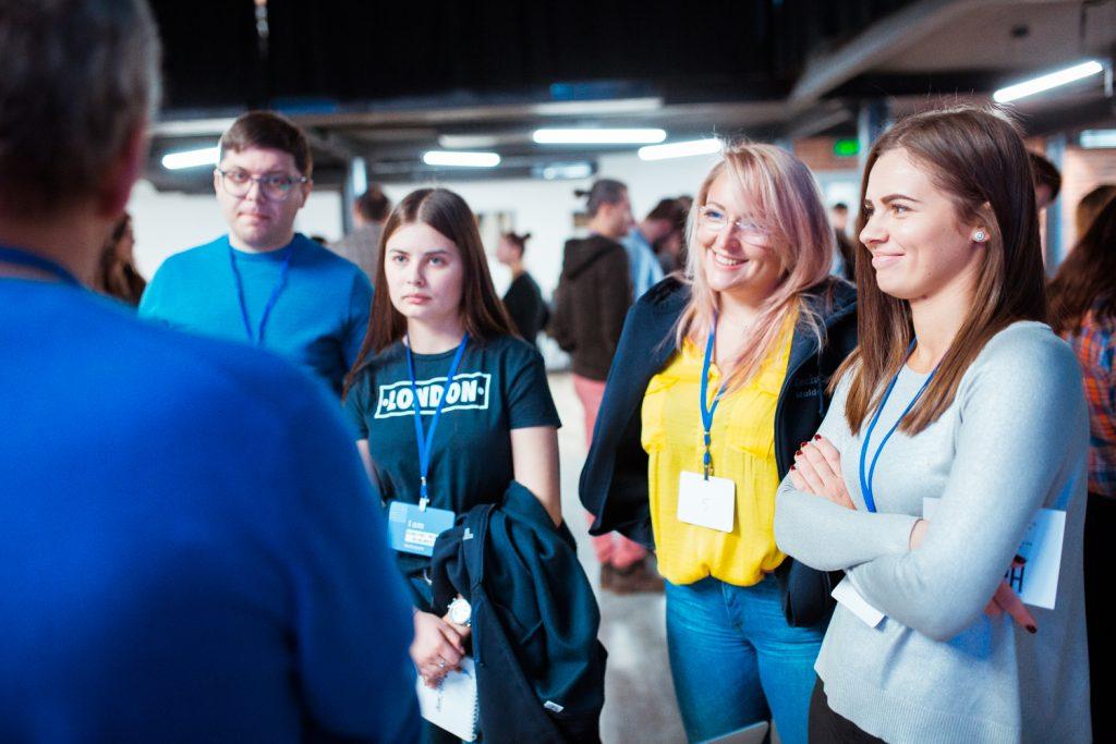 TechCamp Moldova Participants speed-geeking